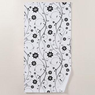 Toalla De Playa Modelo inconsútil de las flores delicadas negras