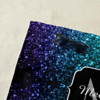 Toalla De Playa Monograma azul de las chispas del purpurina de