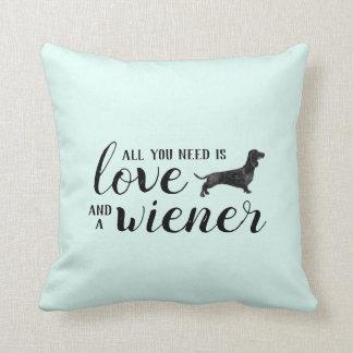 Toda lo que usted necesita es amor y una almohada