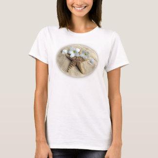 Todavía de la playa vida - estrella de mar, dólar camiseta