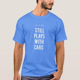 Todavía juegos con los coches camiseta