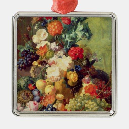 Todavía vida con las flores y la fruta ornamentos de reyes magos