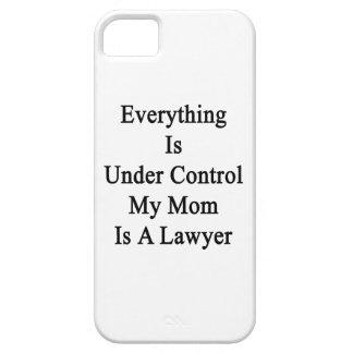 Todo está bajo control que mi mamá es abogado iPhone 5 Case-Mate carcasa