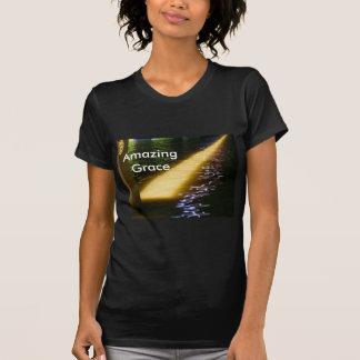 Tolerancia asombrosa: Disfrute y comparta de la Camiseta