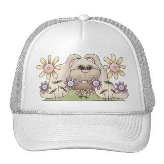Tolvas de la abrazo • Conejito con las flores Gorra
