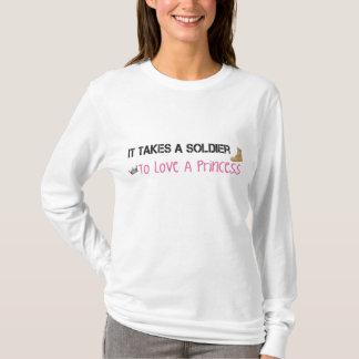 Toma a un soldado para amar a una princesa camiseta