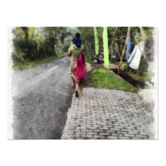 Tomar a los niños para un paseo impresión fotográfica