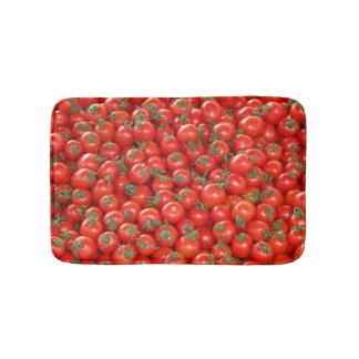 Tomates rojos de la vid