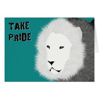 Tome la tarjeta de nota del orgullo - león en