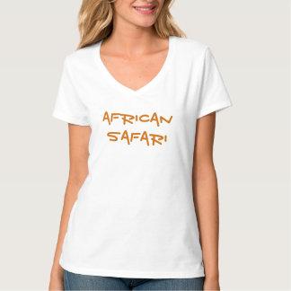 Top del blanco de las señoras africanas del safari