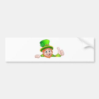 Top del Leprechaun del día del St Patricks del Pegatina Para Coche