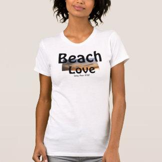 Top elegante del blanco del amor de la playa de
