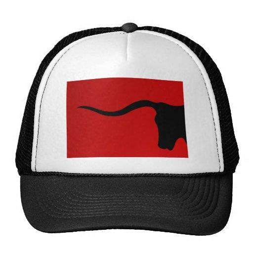 Toro negro en rojo gorras de camionero