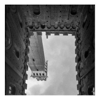 Torre al revés de Siena Impresión Acrílica