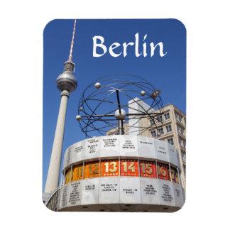 Torre del reloj mundial y de la televisión, iman