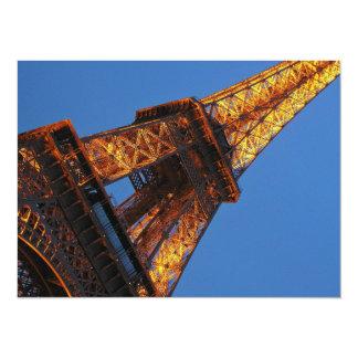 Torre Eiffel en el cielo