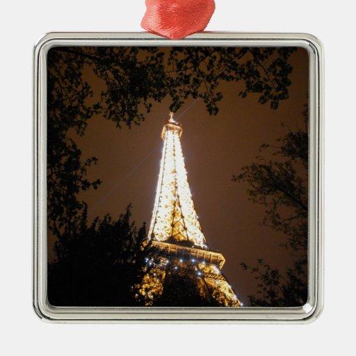 Torre Eiffel en París, Francia en la noche Ornamento Para Reyes Magos