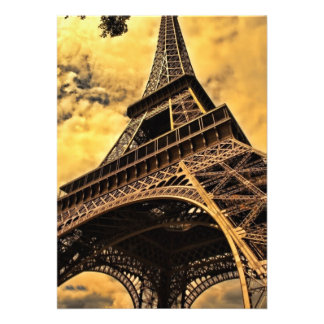 Torre Eiffel Comunicado