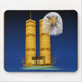 Torres gemelas y Eagle Mousepad del oro Tapete De Raton