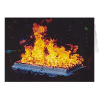 Torta ardiente en el parque de New York City Felicitación