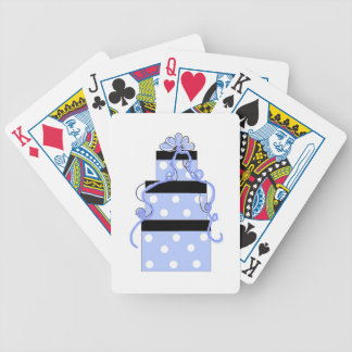 Torta azul y blanca del lunar barajas de cartas