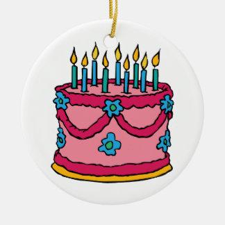 Torta de cumpleaños ornamentos de reyes