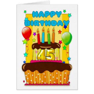 torta de cumpleaños con las velas - 45.o tarjeta de felicitación