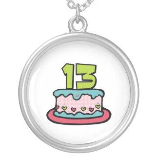 Torta de cumpleaños de 13 años grímpola