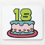 Torta de cumpleaños de 18 años alfombrillas de raton