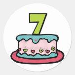 Torta de cumpleaños de 7 años etiquetas redondas