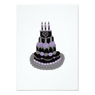 Torta de cumpleaños púrpura gótica invitación 12,7 x 17,8 cm
