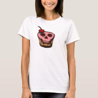Torta del cráneo con la cereza camiseta