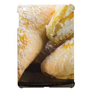 Tortas calientes con el relleno del queso