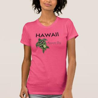 Tortuga de la bahía de Hanauma de las islas de Camiseta