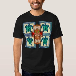 Tortuga de la máscara de Tiki Camiseta