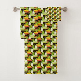 Toucans colorido