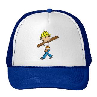 Trabajador de construcción con el gorra de la made