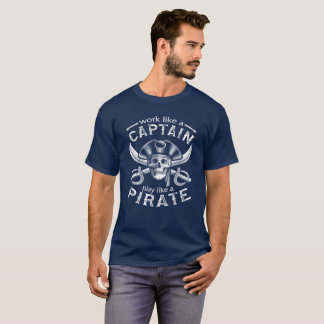 Trabajo como una camiseta de capitán Play Like A