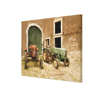 Tractores europeos viejos lienzo