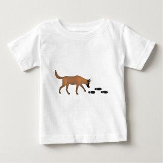 Tráiler de uno con rastro perro pastor belga camiseta de bebé