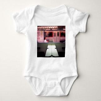 Train table and station Hasselblad medium format 1 Camiseta