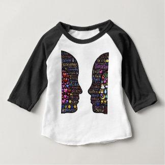Transformación descrita camiseta de bebé