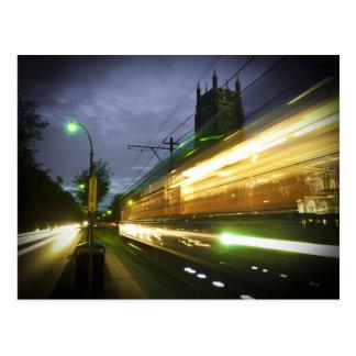 Tranvía de NOLA en la noche Tarjeta Postal