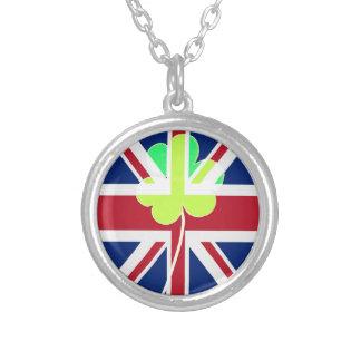 Trébol británico irlandés St Patrick Reino Unido Collar Plateado