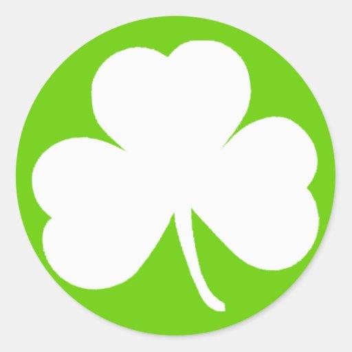 Trébol irlandés etiqueta redonda