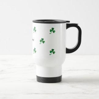 Tréboles irlandeses y orgullosos 2 tazas de café
