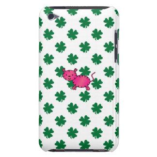 Tréboles rosados lindos del verde del tigre iPod touch Case-Mate funda