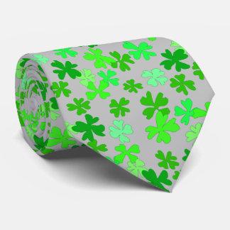 Tréboles verdes del trébol de los gris plateados corbatas