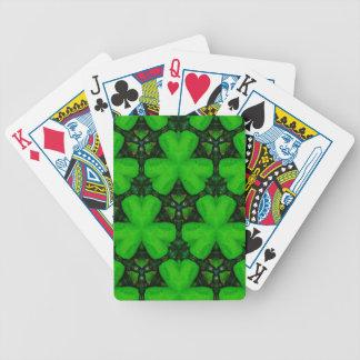 Tréboles verdes vibrantes modernos frescos baraja de cartas bicycle