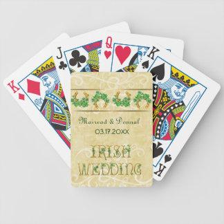 Tréboles y boda irlandés del oro barajas de cartas